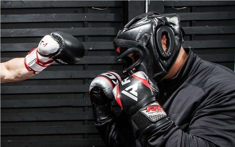 RDX t1 combox headgear guy boxing